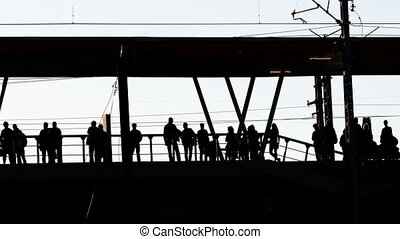 passagers, attente, train, silhouettes