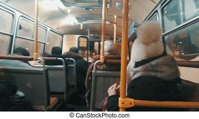 passagers, court, coup, route, autobus, projection, appareil photo, vidéo, cahoteux, secousse, cavalcade