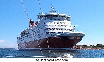 Passenger ship - Meeting a passenger ship at sea outside...