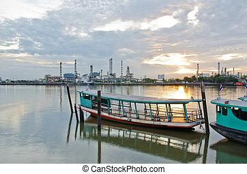 Passenger ship. - Passenger ship anchor in the harbor at...