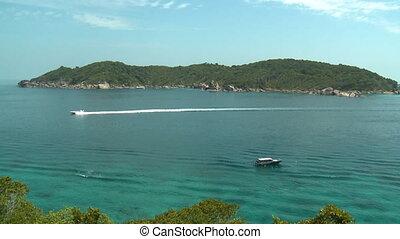 passes, petit bateau, île