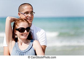 passionately, coppia, spiaggia, giovane, presa a terra