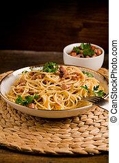 Pasta alla carbonara - Delicious spaghetti with bacon and ...