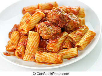 pasta and meatballs - Rigatoni with tomato sauce and ...