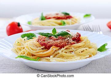 pasta, en, tomatensaus