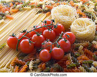 Pasta ingredients - Tomato on different pasta and spaghetti...