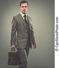 pasta, jovem, bem-vestido, homem negócios