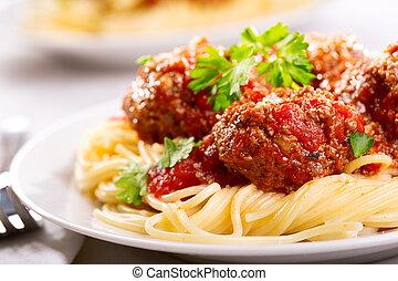 pasta, kött kulor, persilja