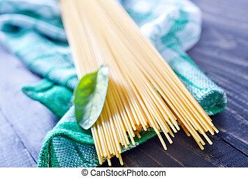 pasta, rå