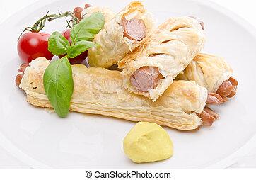 pasta sfoglia, würstel