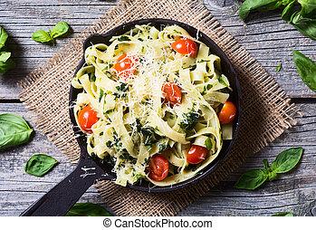 Pasta Tagliatelle with tomato