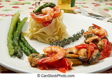 pasta with shrimp, mussels and fresh asparagus