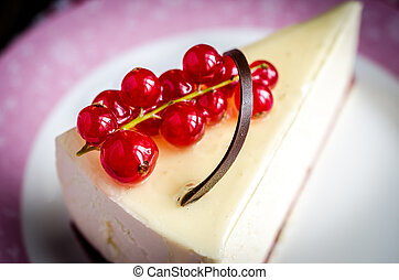 pastel de queso, redcurrant
