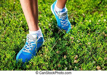 pasto o césped, Funcionamiento, zapatos