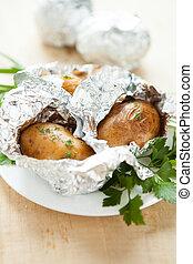 patate, cotto, in, il, forno, in, lamina
