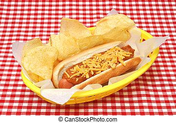 patatine fritte, formaggio, chili caldo, cane