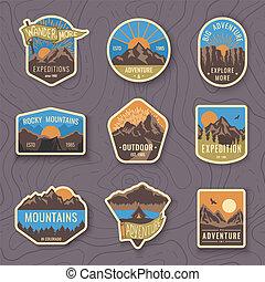 patches., 山, 風格, 集合, 露營, 葡萄酒, 旅行, 標籤, emblems., 營房, 戶外, 九, 森林, hiking., 象征, 標識語, 旅遊業, 徽章, 冒險