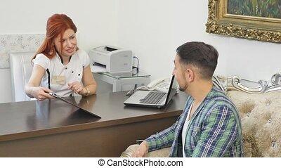 patient, bureau, elle, docteur, conversation, mâle