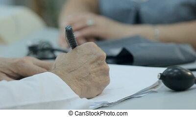 patient, docteur, écrit, il, prescription, donne