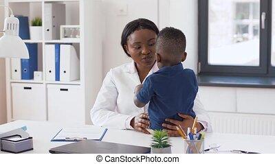 patient, docteur, clinique, pédiatre, bébé, ou