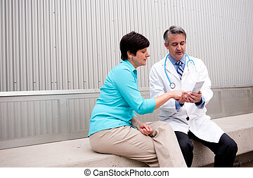 patient, mûrir, docteur féminin