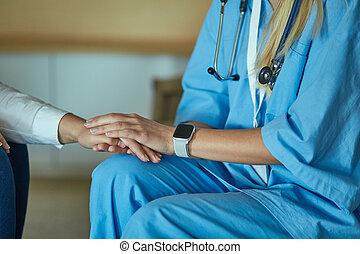 patient, main, femme, rassurant, elle, docteur