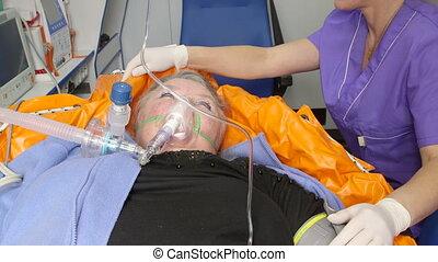 patient, notfall, medizin, weibliche , krankenwagen, älter,...