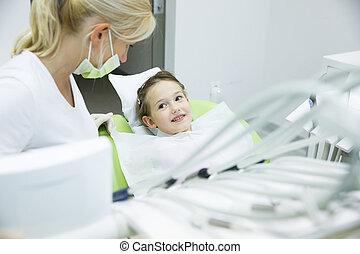 patient, wenig, unterhalten, zahnarzt, sie