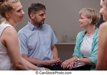Patients talking with psychologist - Photo of patients...