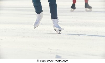 patinage, gros plan, figure, fille, patinoire, patins, jambes