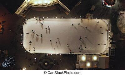 patinoire, glace, gens, vue., vertical, patinage, aérien, ...