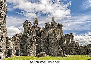 patio, castillo de kilchurn