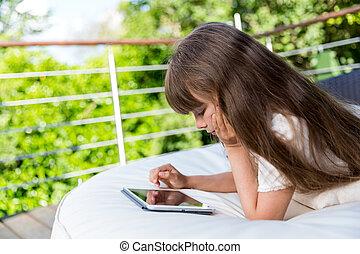 patio, girl, jouer, tablette
