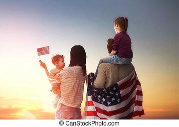 patriótico, feriado, y, familia feliz