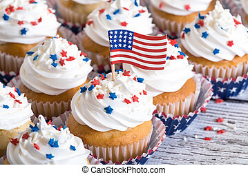 Patriotic cupcakes with American flag