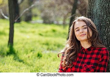 patrząc, kobieta, aparat fotograficzny, outdoors