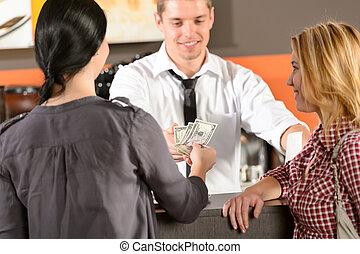 payant, clients, usd, barre, espèces, femme
