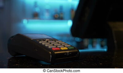 Paying using contactless credit card