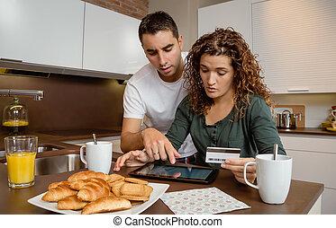 payouts, tablette, couple, crédit, réexaminer, électronique, carte