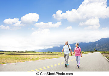 pays, couple, route, personne agee, randonnée