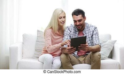 pc, couple, heureux, tablette, maison