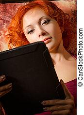 pc, femme, jeune, tablette, divan