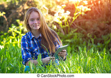 pc, grass., girl, jeune, tablette