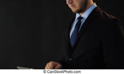 pc, homme affaires, tablette, fonctionnement, complet