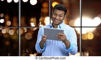 pc, homme, surpris, tablette, pourparlers, expression., via