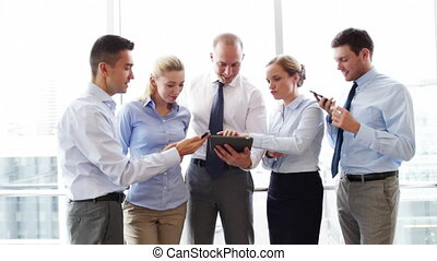 pc, smartphones, tablette, professionnels