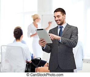 pc, uśmiechanie się, komputer, buisnessman, tabliczka
