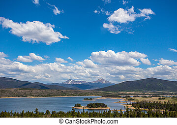 Peaceful Mountain range in Colorado - Beautiful Independence...