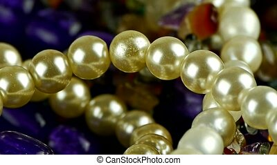 pearl necklace, gorgeous gemstones