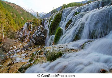 Pearl waterfall in Jiuzhaigou National Park, Sichuan China.